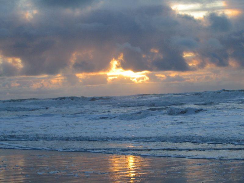 Winter-ocean-sunset