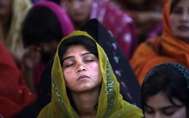 Ежегодно 700 пакистанских христианок вынужденно принимают ислам