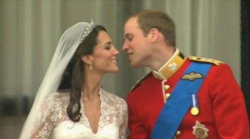 Royal wedding william and kate after kiss