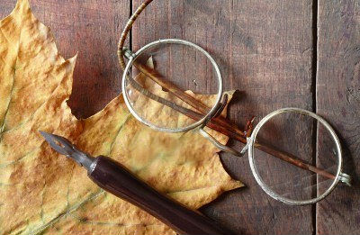 Maple spectacles