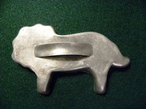 Cookie cutter lion