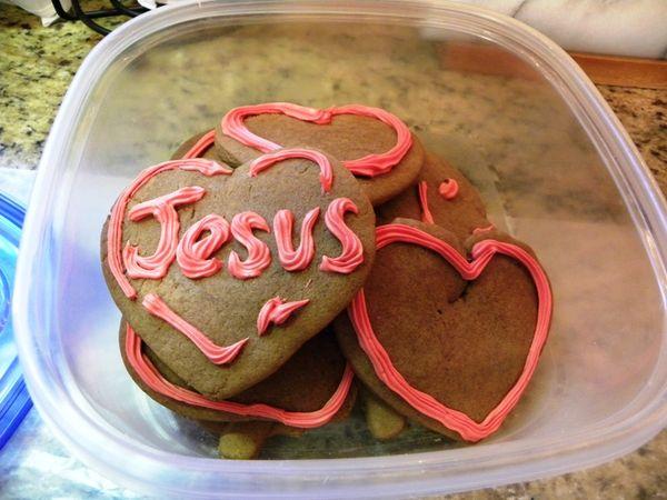 Gingerbread hearts Jesus