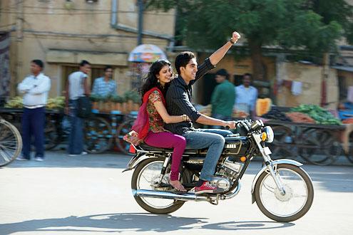 Best-exotic-marigold-hotel Sonny on bike